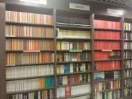 The most organised bookshelves I've ever seen...